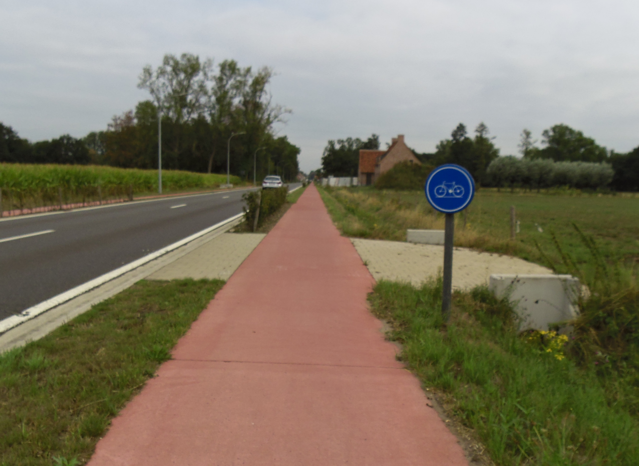 De Bouwelse Steenweg in Herenthout